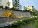 Cheonggyecheon-Terraced walls