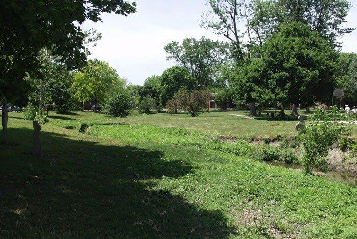 Boneyard Creek Restoration: Scott Park and the Second Street
